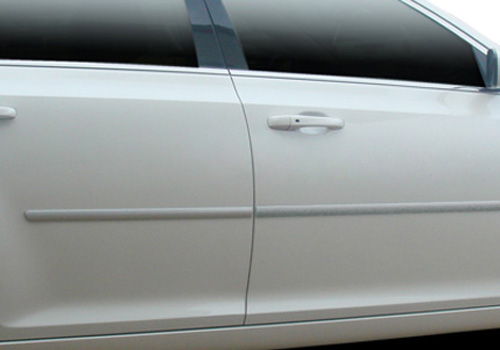 DEI Pre-Painted Body Side Molding 05-10 Chrysler 300