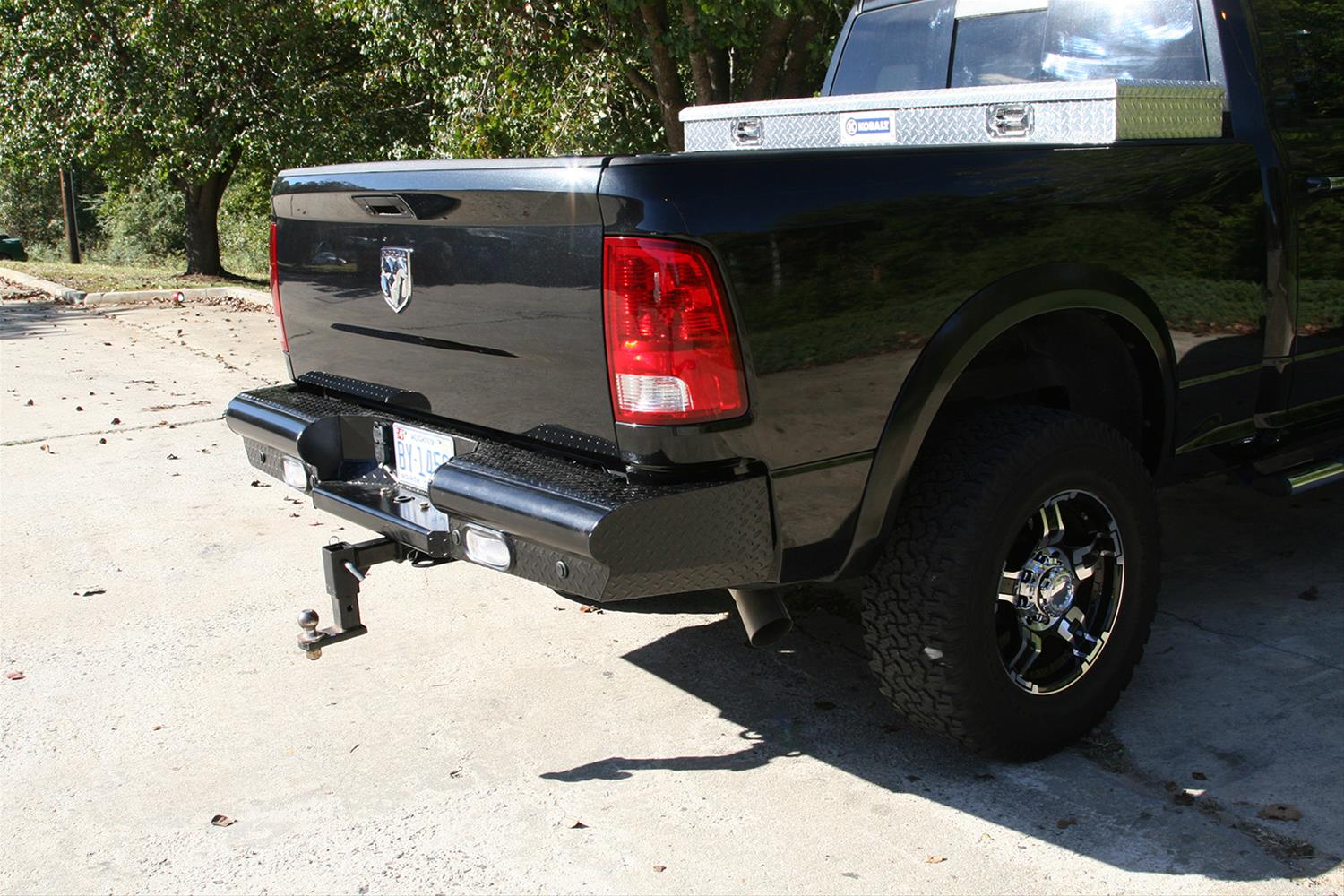 Fab Fours Black Steel Rear Bumper 2009-18 Dodge Ram