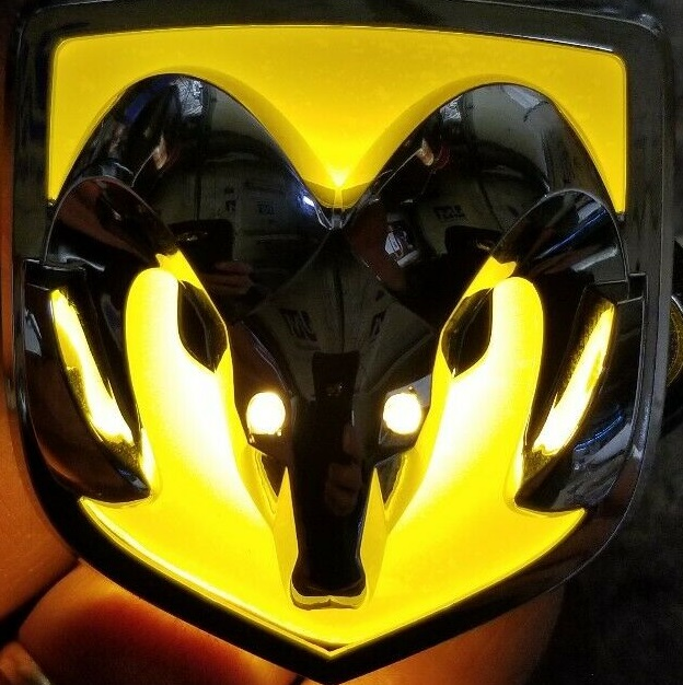 Chrome Yellow Illuminated Grille Emblem 04-05 Ram Rumble Bee
